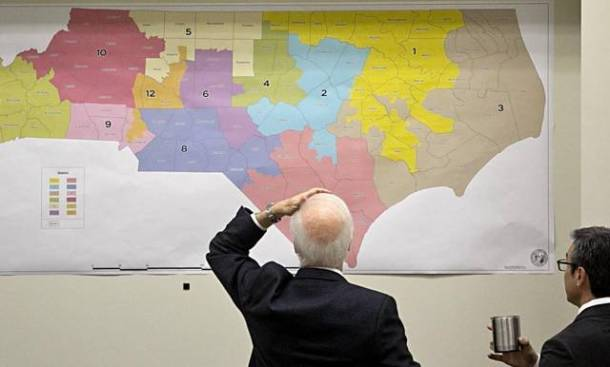 North Carolina officials view redistricting maps